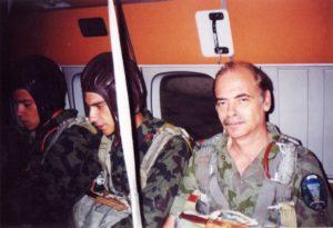 В самолета L-410